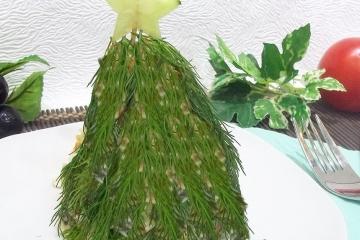 Фото 10: Новогодняя сервировка салата оливье