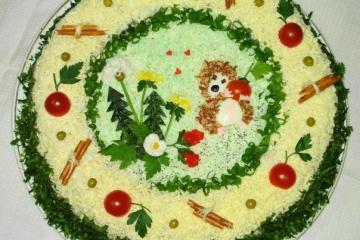 Фото 6: Новогодняя сервировка салата оливье