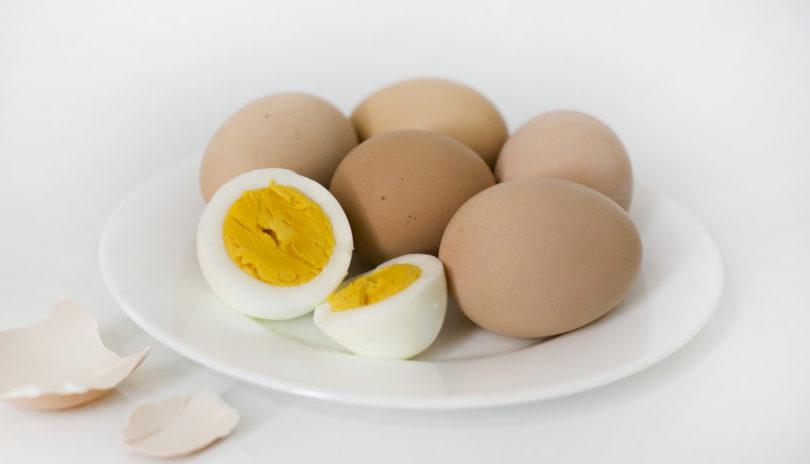 Какие нужны яйца для оливье и как их правильно варить и сколько по времени