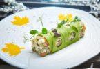 Чемпионат Мира по футболу в России и салат Оливье для туристов в ресторанах Москвы