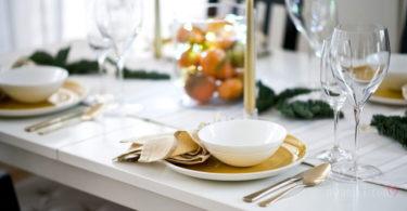 Более 20 человек отравились на свадьбе салатом «Оливье»