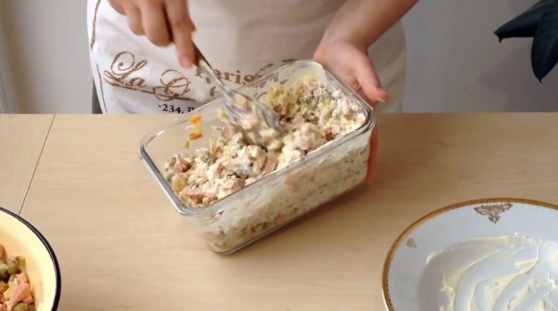 Как понять, что салат оливье испортился?